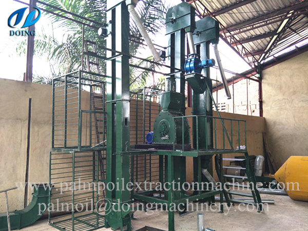 palm nuts cracaking and separating machine
