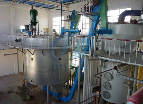 Sunflower cake solvent extraction machine